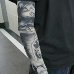 Black and White Woman Pattern Tattoo Arm Warmer Sleeves