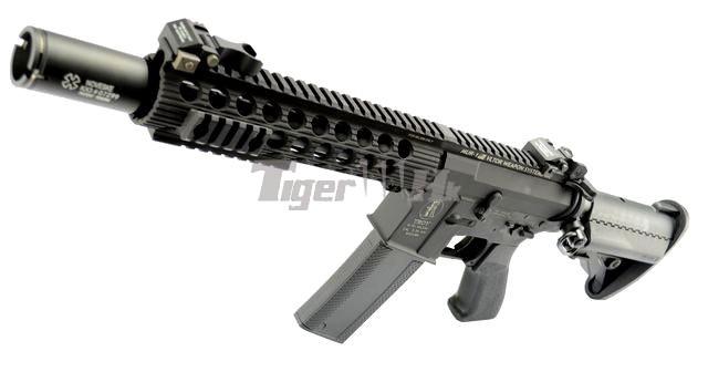 G&P Metal Battle Rifle;G&P M870 Original Shotgun;Element Red/Green Reticle Scope GP-AEG055-1