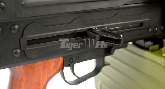 WE SMG-8 GBB ; A&K PKM Real Wood AEG ; WE BULLDOG Px4 GBB A&K-AEG-PKM-WD-12